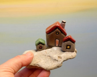Little houses sculpture, Miniature ceramic houses on natural stone , Valentine's gift , Beach houses , Beach cottages , Housewarming gift