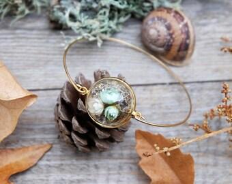 Terrarium bracelet, gold bracelet, real flowers bracelet, moss, dried flowers vial,glass globe bracelet,vial,real flowers jewelry,glass vial