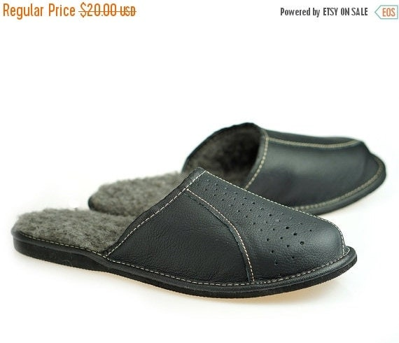 ON SALE MENS Leather Slippers 100% Wool By TrendingSlippers
