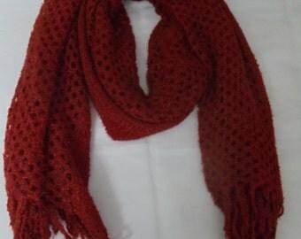 Chunky maroon crochet stall