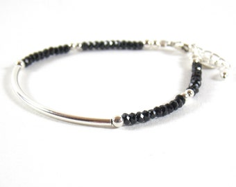 Bracelet 925 half-ring and faceted gemstones of Black Spinel