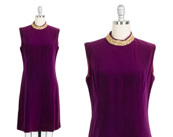 Vintage 1960s dress // 60s purple velvet dress // Vintage sheath dress