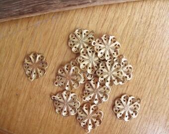 6pcs Wavy Filigree Pendants in Raw Brass 15x14mm - CB-53FVS-26, Filigree for Earring Making, Filigree One 1 Loop Charm