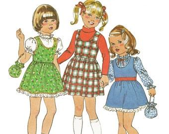 Girls Eyelet Trim Jumper Pattern Pinafore Pattern Vintage 1970s Sewing Pattern Simplicity 7633 Girls Sizes 5 6