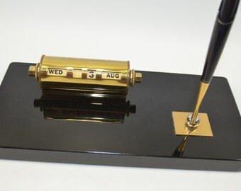 Vintage Parker Magentix Pen Set With A Black Marble Base and Brass Perpetual Calendar and Ink Pen