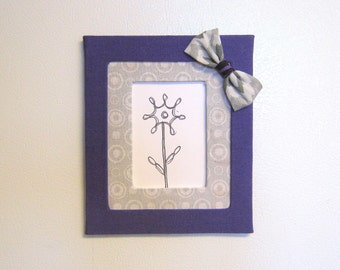 Magnetic Decorative Photo Frame. Wallet Size Photo (2.5 x 3.5in).