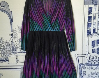Sale 20% Off // Vintage Dress 1970s Gorgeous Colors Lightweight Pleated Skirt Black Purple Green // Coupon Code SALE20