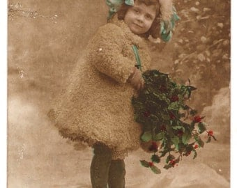 Vintage French Christmas postcard from the early 1900's.