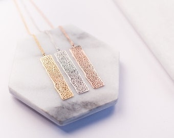 NEW necklace Rectangle Mineral gold pink, fine chain, high plating quality.