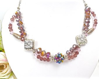 Purple Crystal Necklace, Bavarian Wedding Necklace, Amethyst Crystal Necklace, Traditionell Bavarian Dirndl Necklace, Oktoberfest Necklace