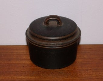 """Nice vintage retro Sugar Bowl """"Ruska"""". Designed by Ulla Procopé for Arabia, Finland Scandinavian."""
