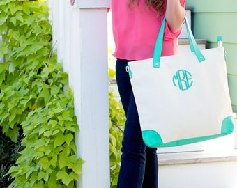 Monogrammed Tote Bag, Canvas Tote Bag, Mint Green Shoulder Bag, Bridesmaids Gifts, Weddings, Monogrammed Gifts, Personalized Tote Bags