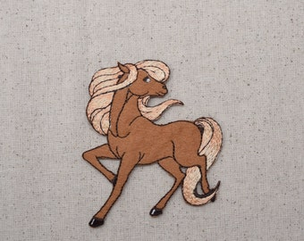 Tan Horse - Flowing Mane - Walking Left - Full Body - Iron on Applique - Embroidered Patch - 796504A