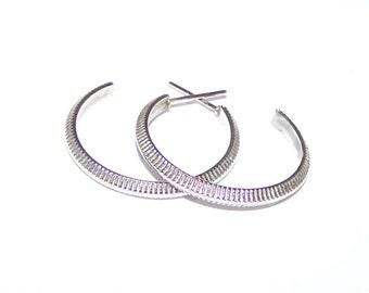 Small Silver Hoop Earrings - Little Medium Hoop - Ribbed Coin Edge 3/4 Hoop