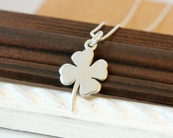 Shamrock necklace, 925 Sterling Silver, Irish necklace, St Patrick's day gift, four leaf clover, Gaelic gift for her, shamrock charm
