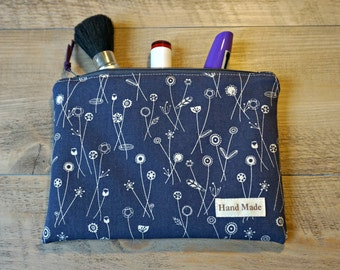 Dandelions Medium Makeup Bag - Dandelions Cosmetic Bag - Medium Toiletry Bag - Zipper Pouch