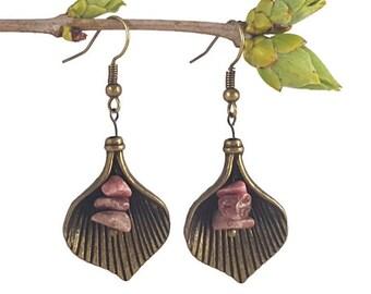 Bronze scallop earrings, rhodonite jewelry, scallop shell jewelry, dangle earrings, gemstone jewelry, earring gemstone, bronze jewelry laefy