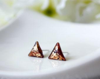Modern / earring / amber gold/ Triangle Stud, Cool Earring, resin earring, Simple Gold Earring, gift for her, Minimalist earring, amber stud