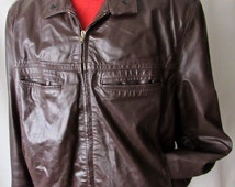 On SALE ~ Vintage 1980s Leather Jacket w/ Zip-Out Lining ~ size 44 R ~ (L)