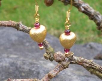 """Garnet """"Heart""""earrings."""