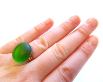 Vivid Green Ring, Faux Sea Glass Ring, Beach Jewelry, Tumbled Glass Ring, Faux Beach Glass Ring, Frosted Glass Ring, Adjustable Ring
