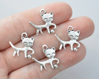 8 Pcs Cat Charms Antique Silver Tone 2 Sided 20x18mm - YD0035