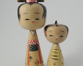 Vintage kokeshi doll RefA, set of 2