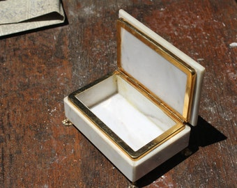 Marble Jewelry Box - Trinket Box - Wedding Ring Box - Ring Bearer Box - Vintage Marble Keepsake Box - Jewelry Box with Lid - Nar Mag