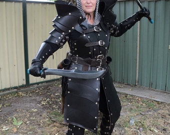 Real leather Women gladiator complete set medieval re-enactment theatre celtic Armour Burning Man festival Armor LARP SCA Costume