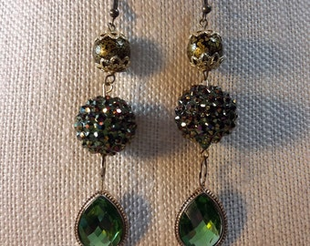 Glistening green earrings