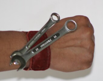 Magnetic Leather Wristband