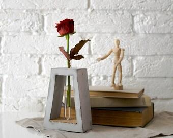vase aus beton minimalistische reagenzglas moderne trapez form. Black Bedroom Furniture Sets. Home Design Ideas