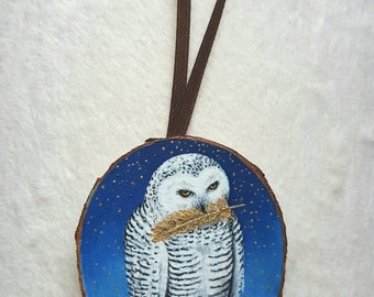 Miniature painting with gold leaf - snowy owl