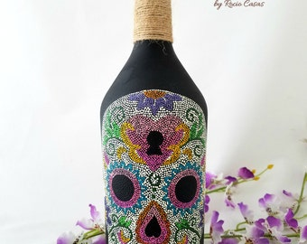 Hand-painted bottle, Decorated bottle, Pointillism, Mexican Catrina, Day of the dead, Made in Mexico, Mexican handicrafts, unique gift