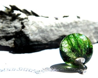 Moss necklace, moss and resin jewelry, resin necklace, resin jewelry, moss jewelry, nature gift