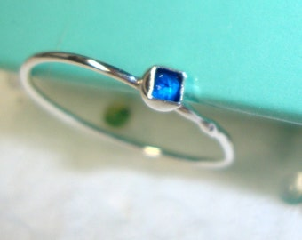 Ring Blue lab sapphire eco-friendly sterling silver - Custom Made in your Size
