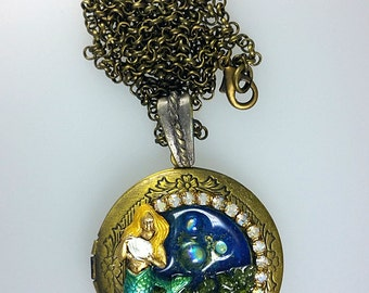Mermaid Locket Necklace, Green Mermaid Necklace Jewelry, Nautical Locket Necklace, Goddess Locket, Nautical Jewelry, Ocean Mermaid Pendant