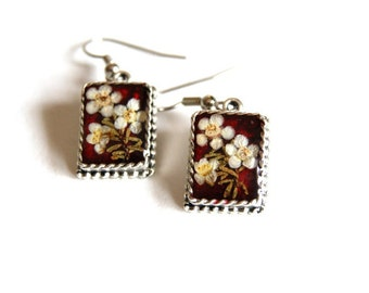 Resin Earrings, Red earrings, Square earrings, Real flower jewelry. Real flower earnings, Geraldton Wax, botanical jewelry, Gift for her.