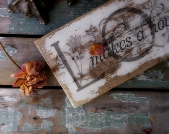 Vintage Rustic  L O V E  Sign. Primitive Reclaimed  Barnwood. Shabby Distressed white. Decoupaged Sign. Farmhouse. Lodge. Cabin
