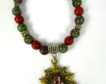 Virgin Mary Child Jesus Pendant Bracelet Glass Tile Beaded Stretch Agate Stones Ladies Christian Gift Red Green Jewelry