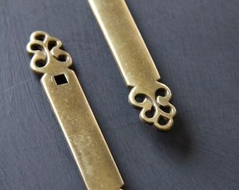Vintage Brass Back-Plate Drawer Pull