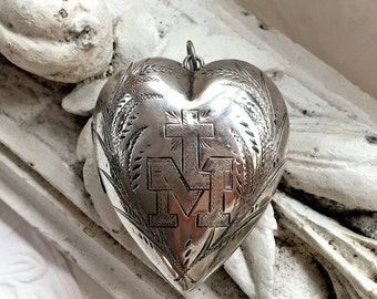 SOLD / SOLD / SOLD: Antique Heart Ex Voto Reliquary Locket / French 1800's