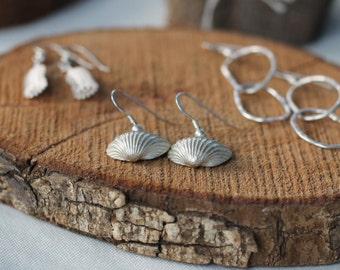 Silver beach jewelry, Silver sea shell earrings, beach lovers gift women, beach lovers jewelry, nautical jewelry womens