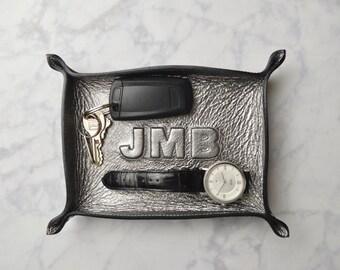 custom monogram metallic gunmetal leather tray / catch all / mens / dresser organizer / valet tray / personalized mens gift / jewelry bowl