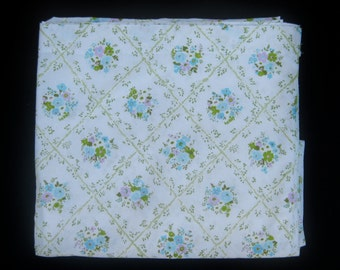 Vintage Cannon Monticello Twin Size Sky Blue, Lilac Purple, and Light Blue Floral Bed Flat Sheet