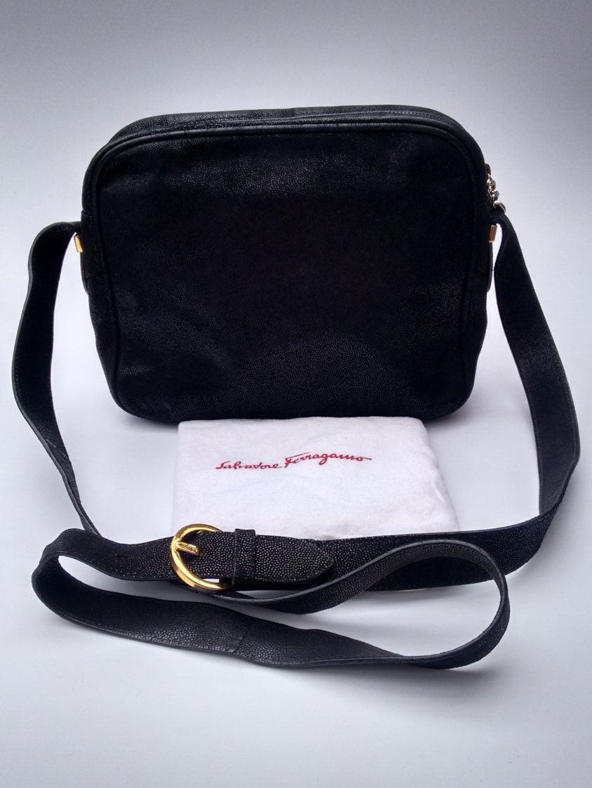 sale salvatore ferragamo vintage black leather crossbody bag. Black Bedroom Furniture Sets. Home Design Ideas