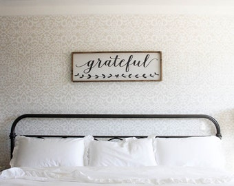 Grateful Wood Sign. Rustic Signs. Wooden Signs. Farmhouse Decor. Housewarming gift. Rustic Decor. Inspirational Wood Signs. Wood Wall Art.