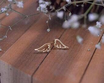 Wing 10k studs,Dainty wing solid gold stud, Minimalist 10k gold wing earring, Women wing ear stud,Gold angel wing earring stud.