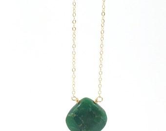 Chrysoprase Necklace,Teardrop, Delicate, Dainty, Raw, Gold Necklace, Green Gemstone, Stone, Bridesmaids, Stone, Healing, Boho, Gem Necklace