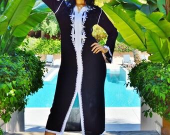 Kaftan SUMMER 10% OFF //Clothing Black with White Warda Moroccan Caftan -maxi, resort, beach cover up, Birthdays, Maternity, Beach wedding